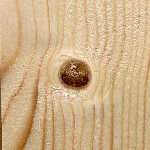 Holz mit Astknoten