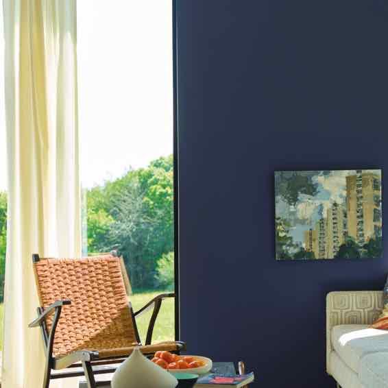 Imperial Purple im Wohnzimmer